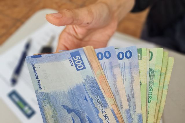 Dinero_money_motor